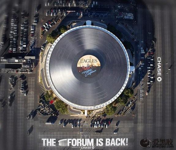 洛杉矶新地标:世界最大黑胶唱片