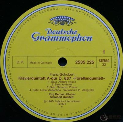 DG黑胶唱片的D.P.、GEMA与BIEM标识